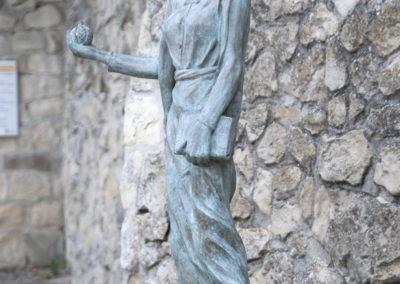 Statua di Matilde di Canossa