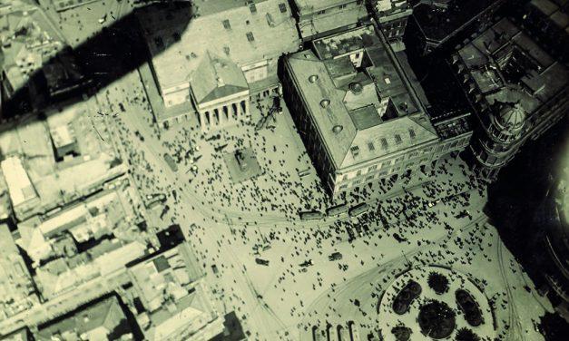 Veduta aerea Genova Piazza De Ferrari